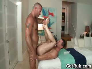 A gay massage a day keeps chum around with annoy doktor