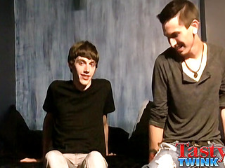 Zach Carter & Jacob Tyler - Hot Boyfriends Through Flop