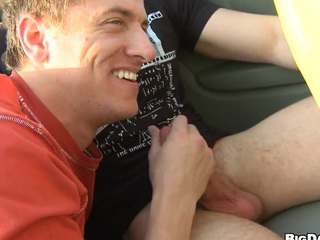 Gorgeous mate sucking hard cock right on every side the car, enjoy the show