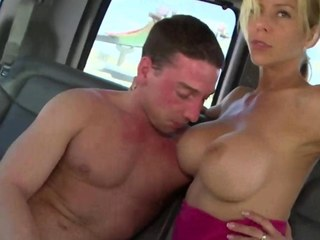 Straight gay blade gives muscled stud a ride on his dick