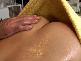 Black scantling gets his horny rod rubbed and stroked